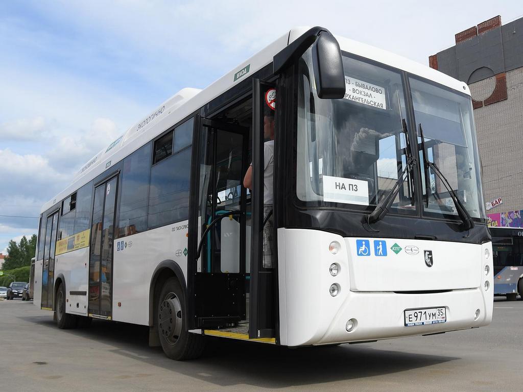 Первый автобус, работающий на метане, начал курсировать по маршруту №40 в Вологде