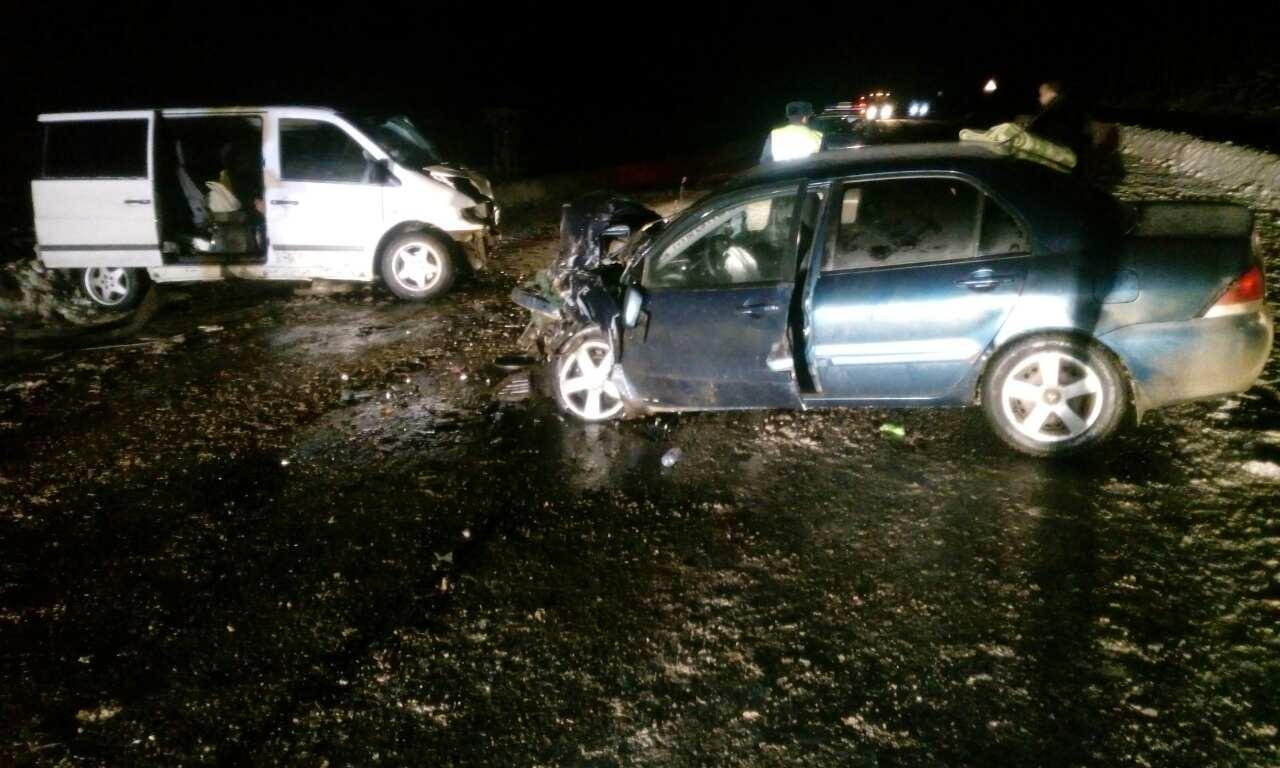Четыре человека пострадали в столкновении двух иномарок в Великоустюгском районе