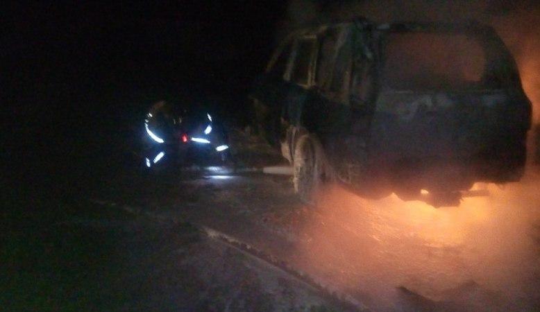 В Череповецком районе ночью дотла сгорел «Nissan X-Trail»