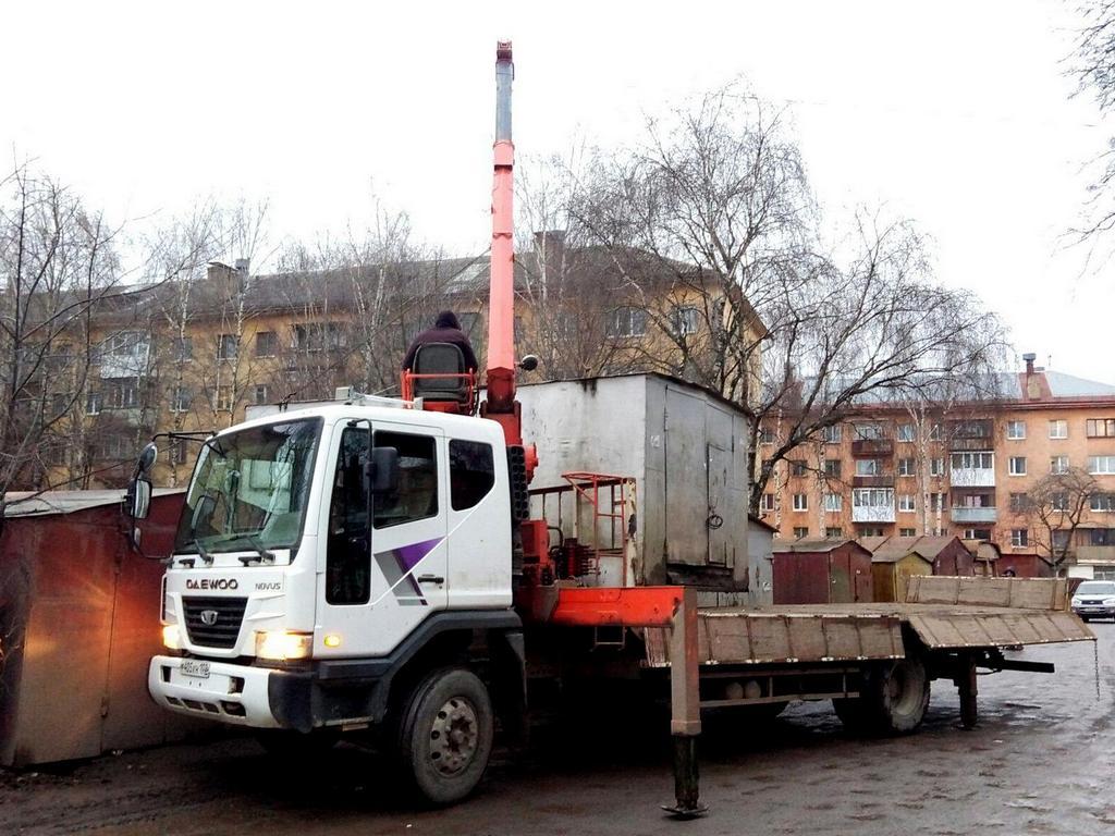 В Вологде на улице Солнечной демонтировали незаконно установленные гаражи