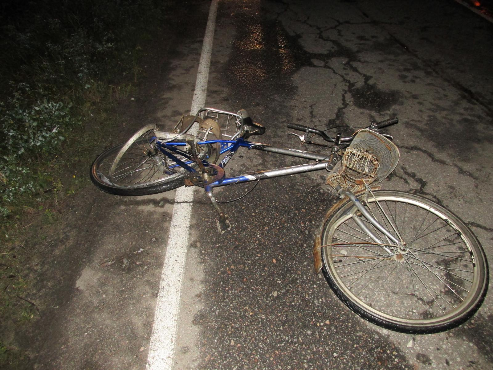 В Харовском районе внедорожник насмерть сбил велосипедиста