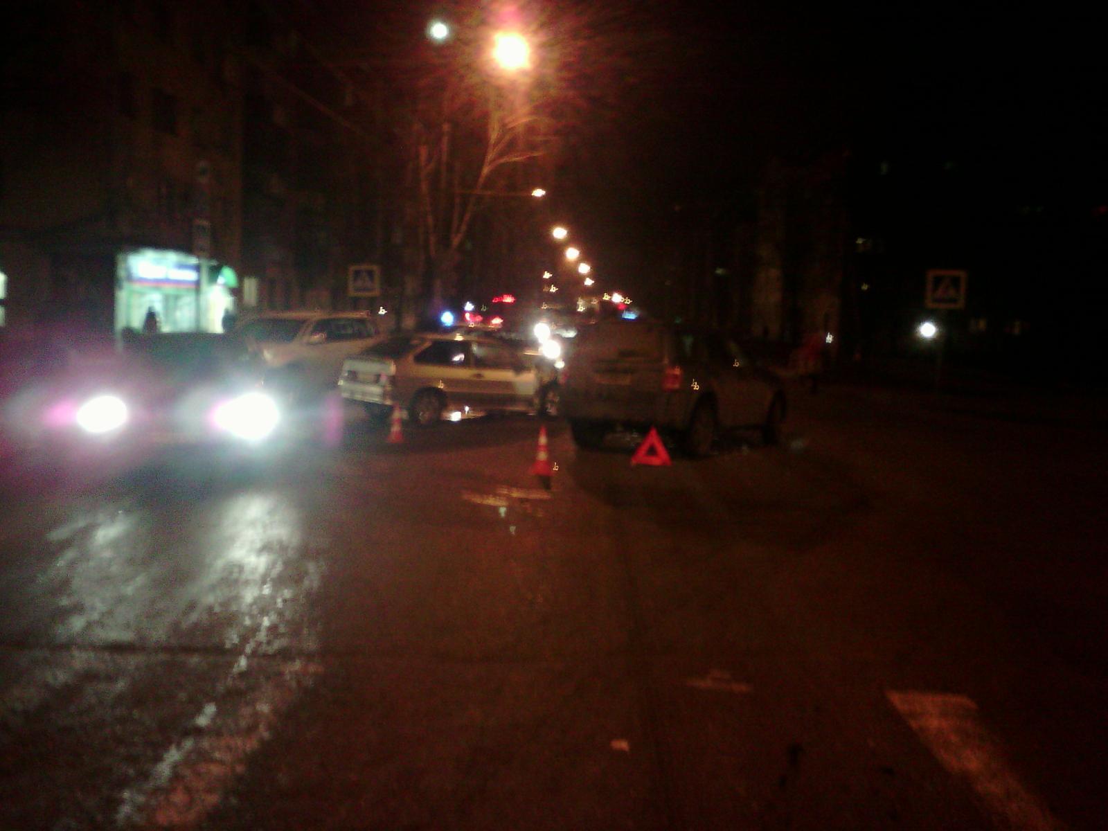 Четыре человека получили травмы по вине водителя «Форда» в Вологде