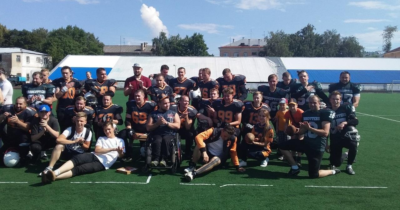 Вологодская команда обыграла в американском футболе соперников из Архангельска со счетом 84:12