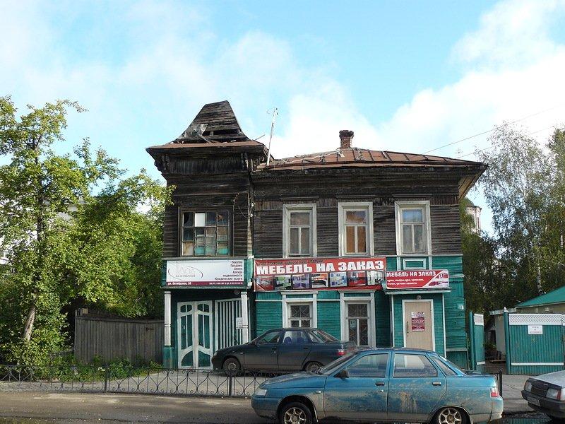 Дома на Октябрьской, 50 и Воровского, 92 в Вологде включили в перечень выявленных объектов культурного наследия
