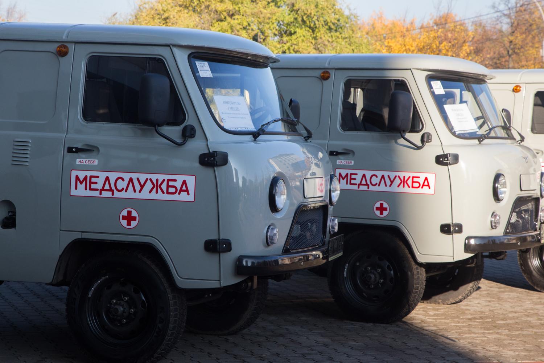 Новые машины скорой помощи получили медучреждения из Устюженского, Харовского и Сокольского районов