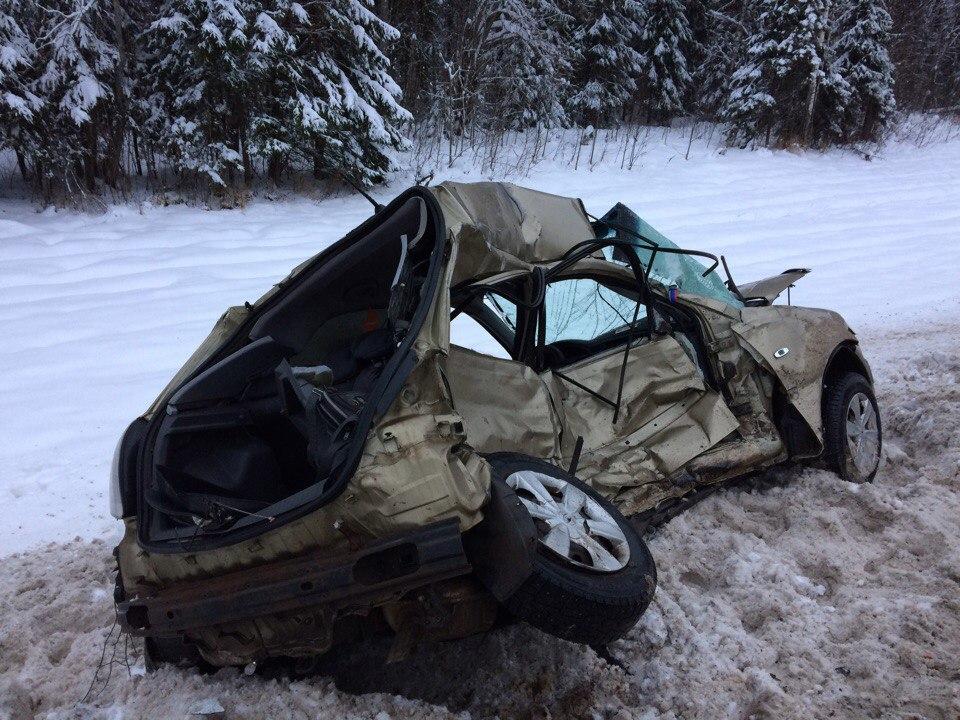 В Сокольском районе при выезде на встречку погиб водитель «Киа Рио»