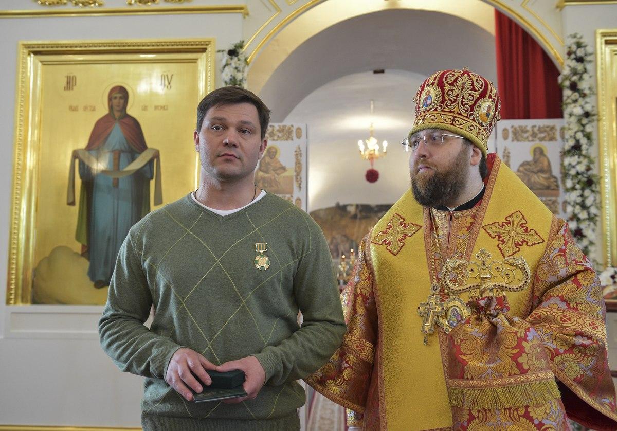 Вологодская митрополия наградила мэра Вологды медалью