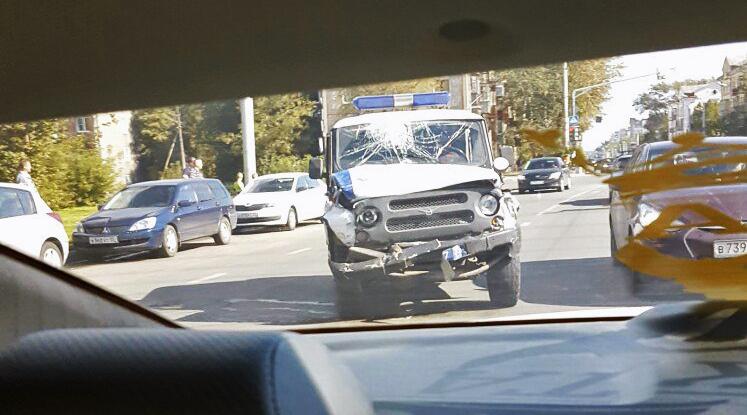 В Череповце вынесли приговор водителю полицейского УАЗика, который попал в ДТП, спеша на вызов