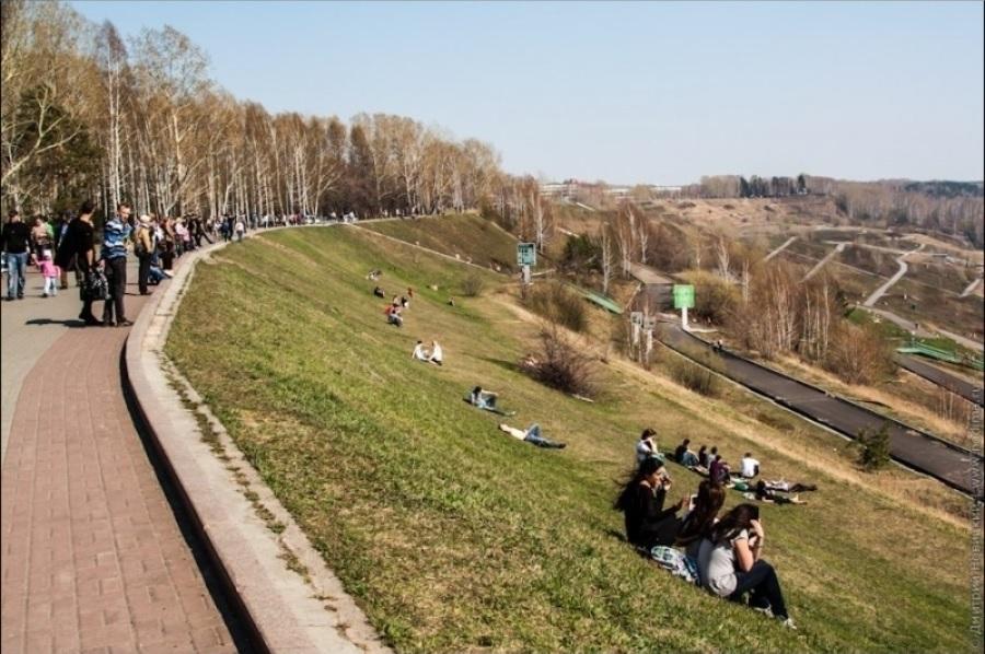 Берегоукрепление наоборот: мнение эксперта о сплошном бетонировании набережной в Вологде