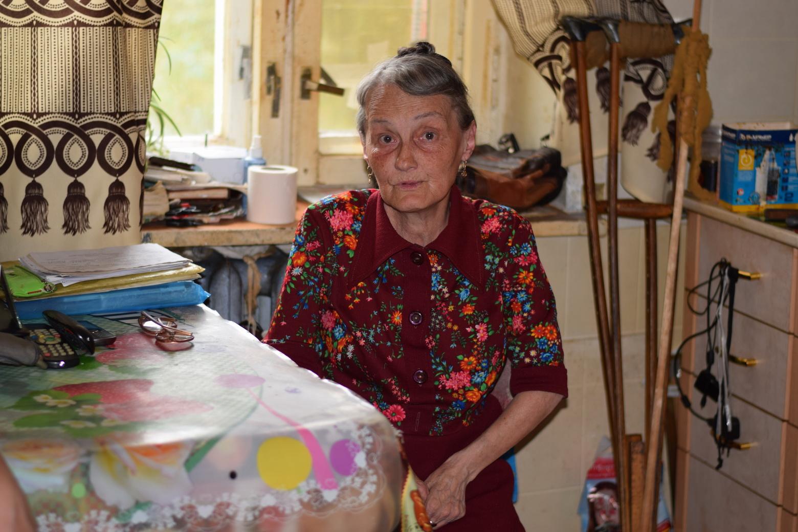 Запертая в одиночестве: в Вологде пенсионерке не выдают кресло-коляску для выхода на улицу