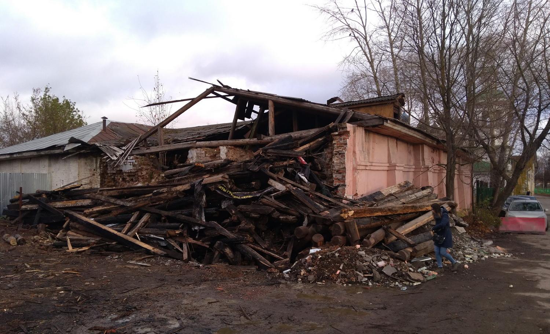 Дом купца Назарова в Вологде снесли экскаватором под видом реставрации