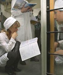 Молодым врачам прописывают направление
