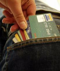 В Череповце вор украл у вора банковскую карту