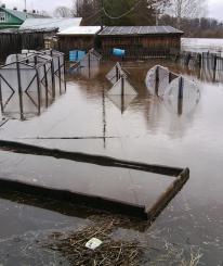 Жители Нюксенского и Никольского районов, пострадавшие от паводка, получат компенсации из муниципальных бюджетов