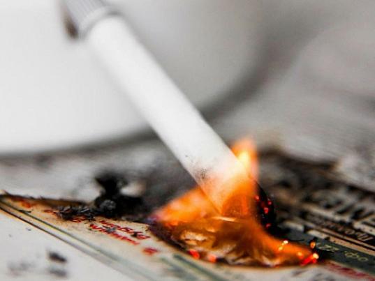 В Харовском районе будут судить мужчину, из-за курения которого при пожаре погиб его брат