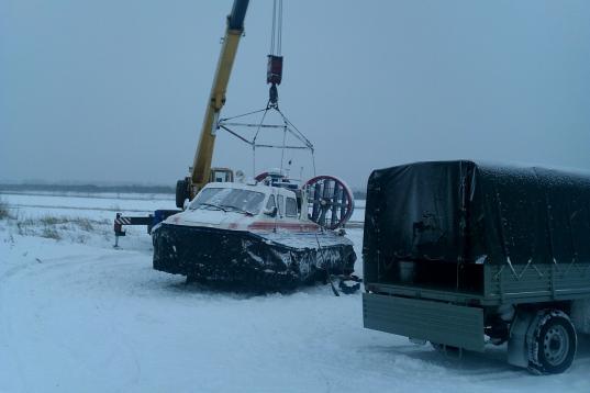 В Великом Устюге сломалось второе судно на воздушной подушке, которое перевозит жителей заречной стороны