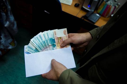 В Вологодской области за полгода выявили только один факт получения взятки