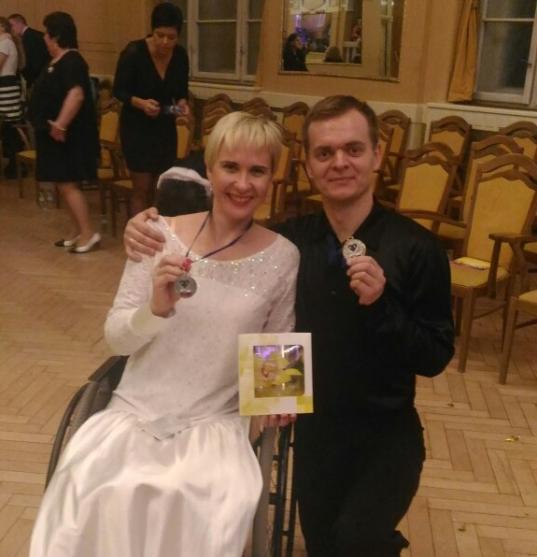 Череповчане завоевали серебро в соревнованиях по спортивным танцам на колясках в Братиславе