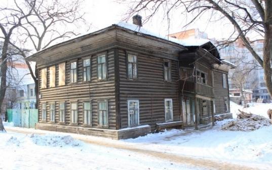 Администрация Вологды выставит на продажу еще три расселенных дома в центре города