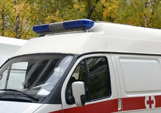 В центре Вологды двое дебоширов разбили фары приехавшей на вызов «скорой помощи»