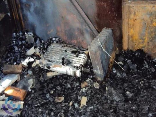 В Соколе двое мужчин погибли на пожаре из-за короткого замыкания обогревателя