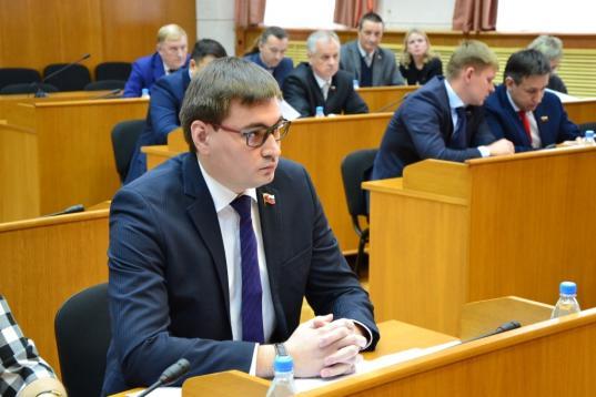 Депутат Гордумы Вологды Максим Зуев досрочно сложил свои полномочия