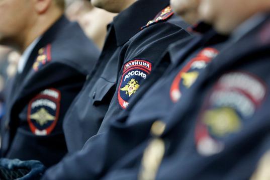 В Великоустюгском районе 11 полицейских наказали за недостоверные сведения о доходах