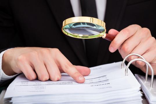 В Вологде фирма пыталась отсудить почти миллион рублей у предпринимателя, приписав цифру в договоре