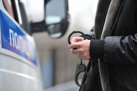 В Вологде задержали наркоторговца с амфетамином в чехле телефона