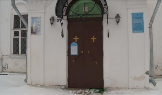 В Вологде мужчина украл из Лазаревского храма пожертвования прихожан, чтобы потратить на выпивку
