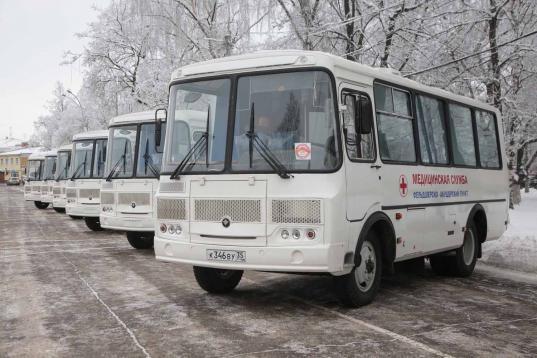 36 новых санитарных автомобилей получат больницы 13 районов Вологодской области