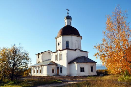 В Вашкинском районе священника подозревают в приставаниях к 14-летней девочке