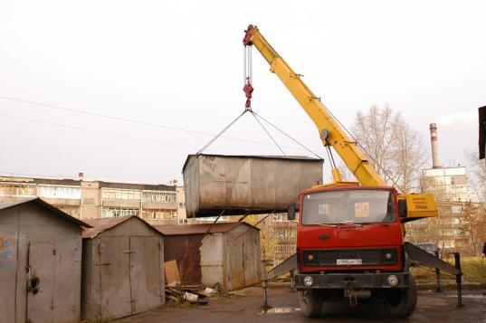 Двое череповчан сдали в металлолом чужие кессоны, гаражи и ВАЗ