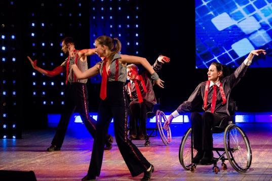 Череповецкий танцевальный коллектив «Ступени»  завоевал награды  международного фестиваля «Inclusive Art»
