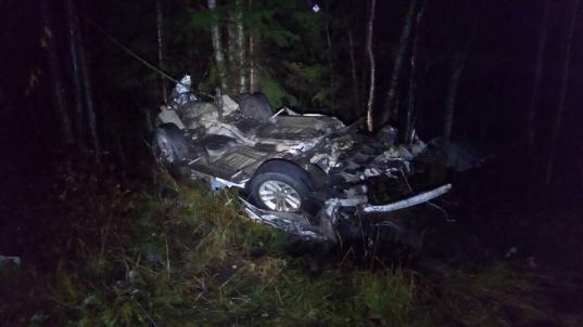 В Череповецком районе водитель «Форда» погиб, врезавшись в фуру во время обгона