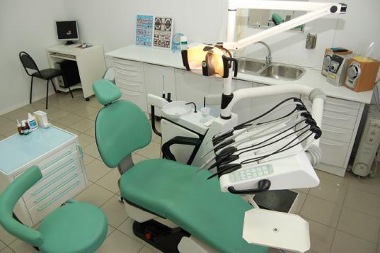 Архангелогородец купил диплом стоматолога и пытался устроиться на работу в Сямженскую ЦРБ