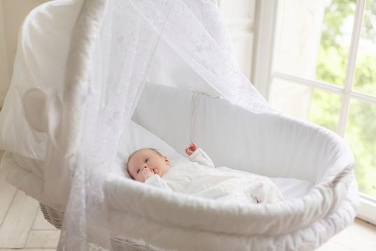 46-летняя вологжанка купила в Пскове новорожденную девочку